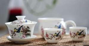 泡绿茶,用什么茶具好?【今日信息】